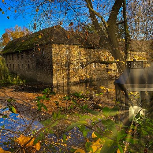 Laterne mit Wasserschloss